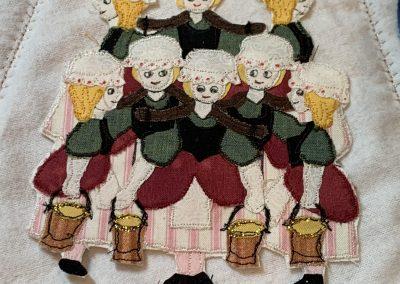 No 27 - Christmas Tree Skirt detail (1)