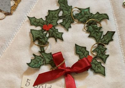No 27 - Christmas Tree Skirt detail (5)